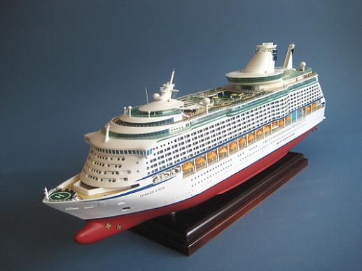 Maquetas de Cruceros. | SobreCruceros. Oasis Of The Seas Comparison